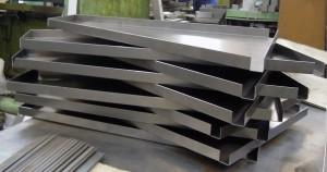 Гибка листового металла от КОМЗ. Фото 1.